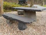 Tisch aus Basalt Lava